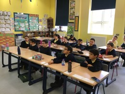 Y6 pupils speaking with friends in Israel over Zoom call